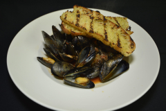 Spicy Italian Mussels